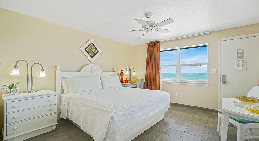 Oceanfront Standard King rooms