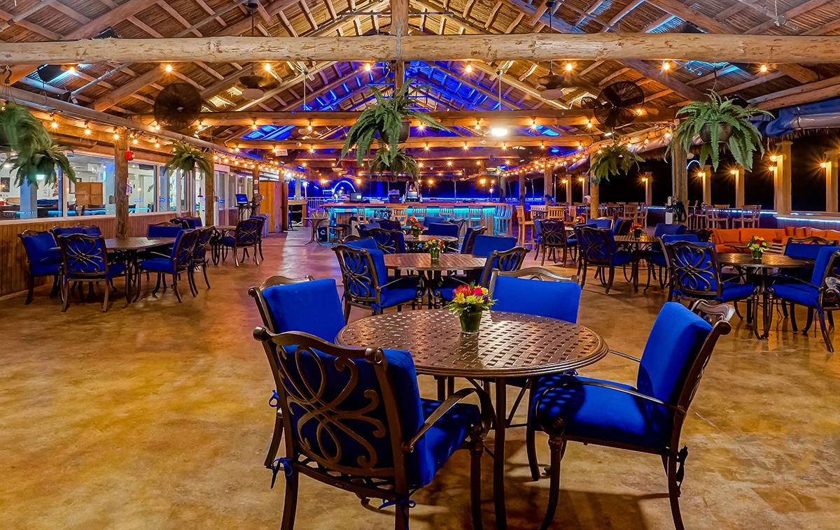 Havana Jack's Restaurant at night
